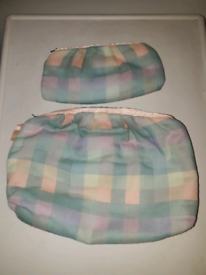 CHECKED TOILETRY BAG & MATCHING COSMETIC BAG