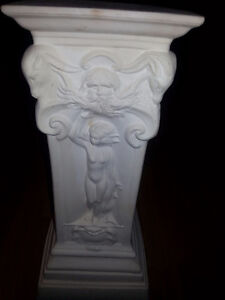 Small Rome looking pillar - Has naked people on it - $40 Windsor Region Ontario image 4