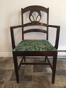 Vintage Solid wood chair West Island Greater Montréal image 2
