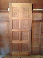 Porte en pin décorative