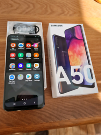 Samsung a50 boxed.excellent condition