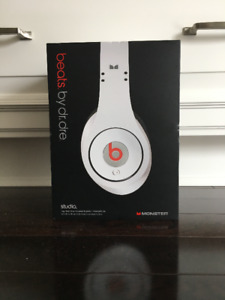 Beats by Dr.Dre Wired Studio Heaphones