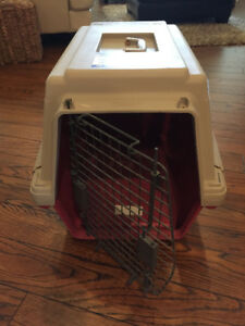 Furrari Pet Carrier/Kennel