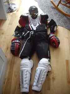 Equipment hockey Saguenay Saguenay-Lac-Saint-Jean image 1