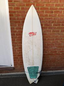 """Tiki surfboard 6'2"""""""