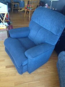 Lazboy recliner excond