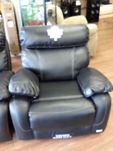 *** USED *** PRIMO TORONTO MAPLE LEAF CHAIR   S/N:51223259   #STORE548