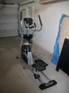 HORIZON CE 5.2 ELLIPTICAL TRAINER