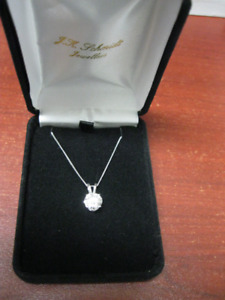 FOR AUCTION BEAUTIFUL DIAMOND PENDANT AND MORE DEC 20TH