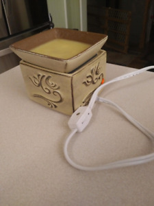 Scentsy Warmers (bulbless)