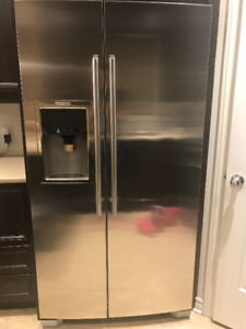 Réfrigérateur ELECTROLUX - Stainless - profondeur comptoir