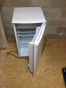 Small bar fridge