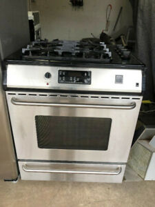 "Frigidaire 30"" slide in dual gas top electric oven fully working"
