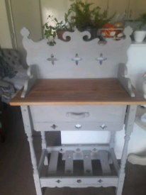 Beautiful carved Console table with drawer in Dove grey and Pine