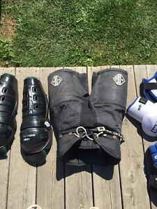 Asst junior hockey equipment Kawartha Lakes Peterborough Area image 3
