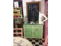 Vintage 50's kitchen cupboard dresser unit