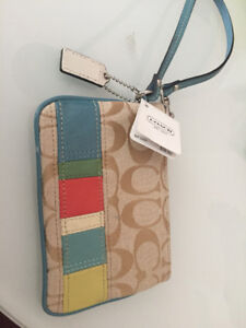 brand new Coach lady wallet for sale