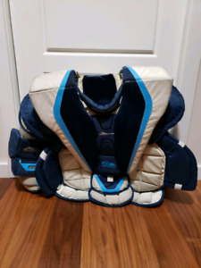 Bauer 9000 Goalie Chest Protector (Medium)