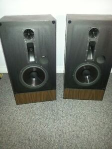 stereo equipment Stratford Kitchener Area image 2