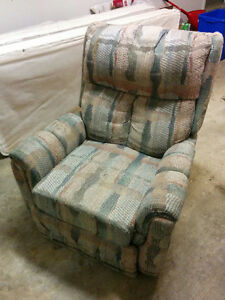 Comfortable Reclining Chair