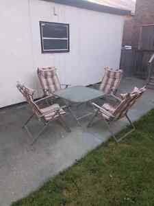 Out side lawn chairs and table
