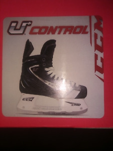CCM Control Sr Men's skates Size 7.5E (US) AS NEW