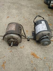 2 small engines for sale $25 each or 2 for $40