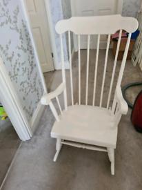 Rocking Chair (white)