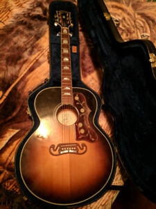 New condition Gibson SJ-200 acoustic/electric