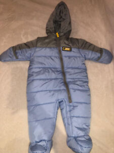 New Carters jacket for Newborn baby size 0-3 Months