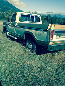 1979 Ford F-250 Lariat Camper Special Pickup Truck