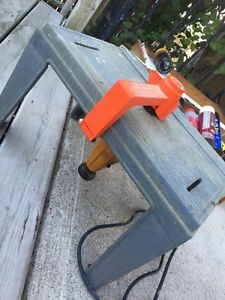 Variable Speed Automatic Scrolling Jig Saw