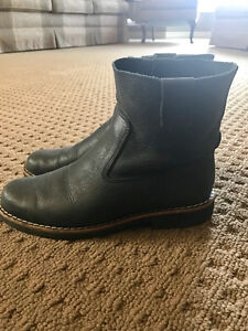 Women's Tribe Roots Boots