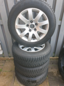 VW alloys with winter tyres