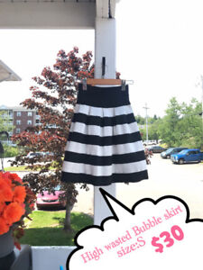 【Moving Sale】High Wasted Bubble Skirt