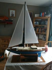 "30"" model sailing yacht"