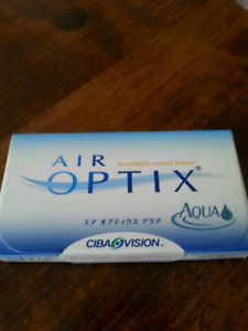 3 pairs of contact lenses in sealed box