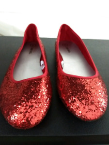 Girls Cherokee Red Shoes Size 4
