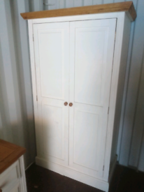 Double wardrobe and chest of drawers