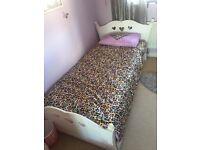Full size kids single bed