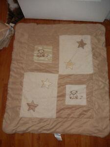 Douillette et ensemble de lit (berceau) en simili-suède beige