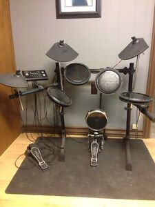 OSP Percussion DD-502MKII digital electronic starter drum set