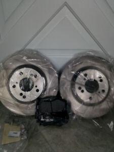 Disques et plaquettes de frein