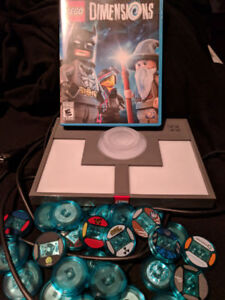 Lego Dimensions for WiiU game, pad and 32 figures/vehicles