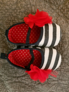 Baby shoes 3-6months brand new never worn.