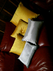 Yellow and grey accent pillows $20 takes LOT SALE