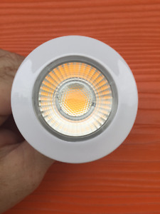 LED 7 WATT 2700K BULBS