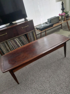 Wood coffee table $30 obo