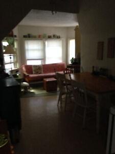 BEAUTIFUL 1 BEDROOM LOFT SOUTHEND AVAILABLE SEPTEMBER