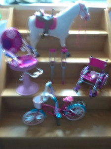 Doll accessories for